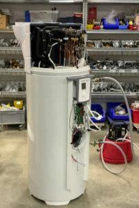 Schulung bei Zeindler Haus Technik für HeatMaster Wärmepumpenboiler